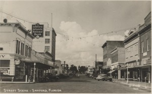 Street Scene of Sanford FL. Post Card