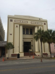 First National Bank of Leesburg as it looks today
