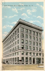 First National Bank Building Fort Dodge, IA. Postcard